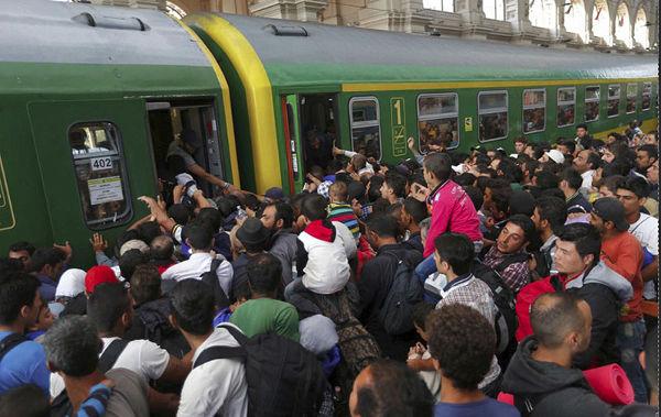 invazia islamica gara din Budapesta
