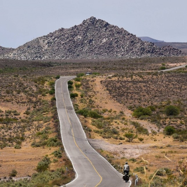 Long Baja highway