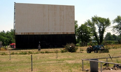 TeePee Drive-In goes up for sale again