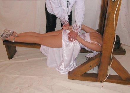 cute nude girl guillotine