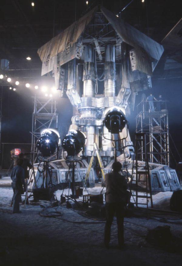 Alien - Full size Nostromo leg