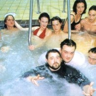 The Cast of Mallrats in a Hot Tub Photo - Kevin Smith, Jason Mewes, Jason Lee