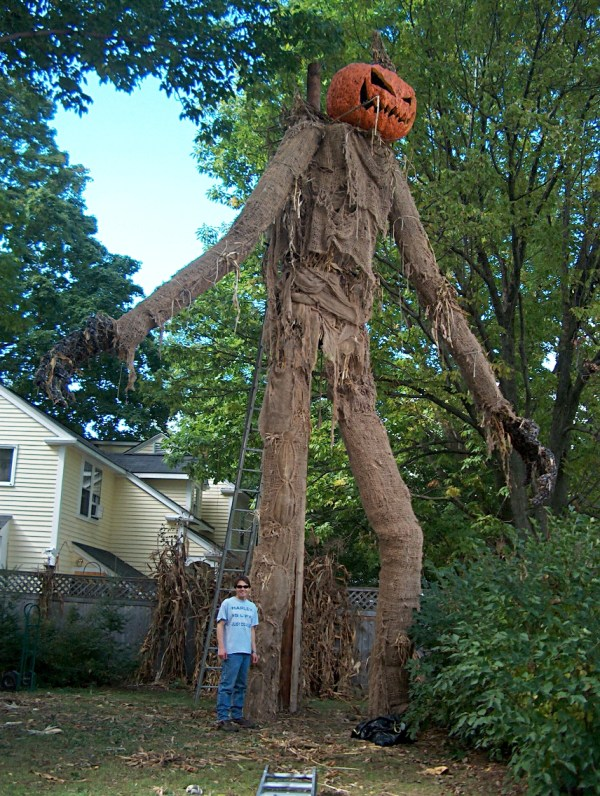 Awesome Giant Scarecrow - pumpkinhead