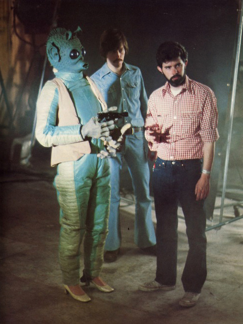 Maria De Aragon as Greedo in high heels with George Lucas - Star Wars Behind the Scenes
