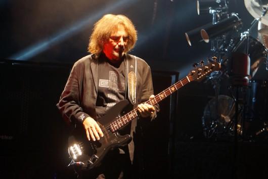Black-Sabbath-Geezer-1