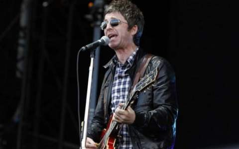 noelGallagher_2257838b