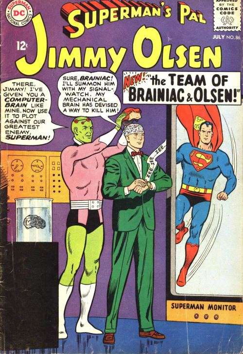 Say what you want about Brainiac but he is WORKING those short shorts!