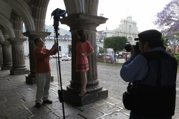 #BTS of Artistic Senior Photo Session in Antigua Guatemala by Rudy Giron Photography + http://photos.rudygiron.com