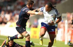 Alesana Tuilagi makes a break down the wing for Samoa
