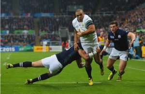 Bryan Habana goes to score for South Africa