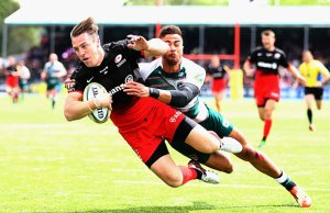 Chris Wyles a try for Saracens