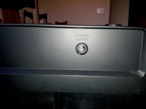 Photo of Headphone port at rear of Casio CDP-120 keyboard