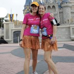 Runners pose in front of Cinderella Caste. (Photo: runDisney)