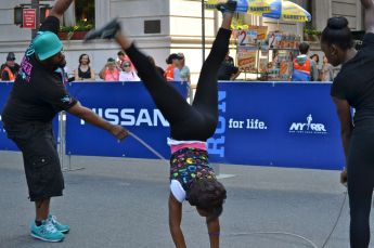Fifth Avenue Mile, Double Dutch