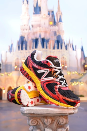Disney running, runDisney, New Balance, runDisney shoes, Walt Disney World Marathon