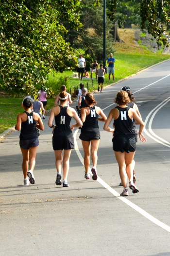How to run faster? Run with the fast crowd on a running team