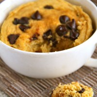 . chocolate chip pumpkin mug cake .