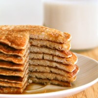 . banana oat greek yogurt pancakes .
