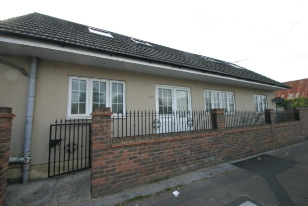 2 Bedroom Split Level Maisonette,