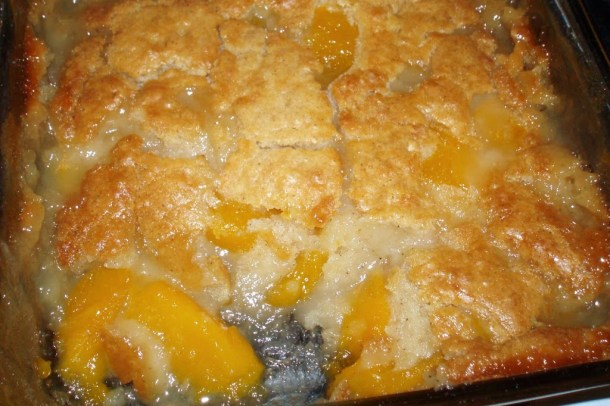 Peach Cobbler With Canned Peaches And Cake Mix Mom S