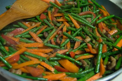 Ginisang Sitaw (Sauteed Long Beans With Pork) 12