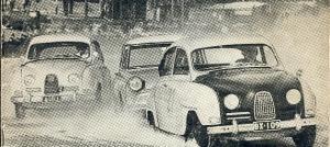 Jääradan SM-ottelua Jyväskylässä. Kyseessä lienee Jyväskylän jäärata-ajo 15.3.1964 Jyväsjärvellä. BX-109, Klaus Bremer, luokan voitto. AID-1, Gunnar Granroth, luokan 2.