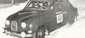 Mitä todennäköisimmin Riihimäki-ralli 1967 ja naisten luokan voittoon ajamassa Riitta Grön ja Anu Kosonen Saab 96:lla.