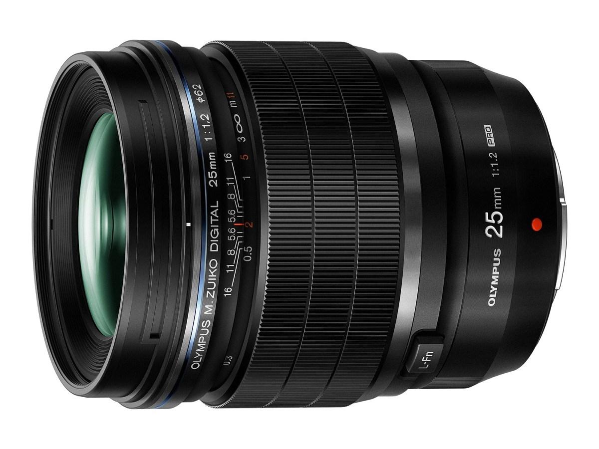 Photokina 2016: Olympus 25mm F1,2 Pro, 12-100 F4 IS Pro e 30 F3,5 macro