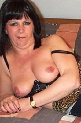 empty granny tits