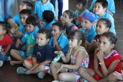 thanks to Kat: special day for kids from orphanage