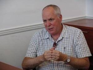 برنی فاربر در دفتر سلام تورنتو - عکس از سلام تورنتو