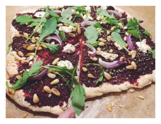 pizza rode biet