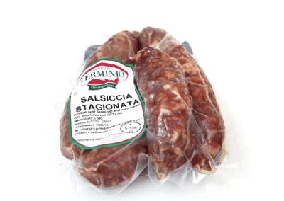 Salsiccia stagionata (cured sausage)