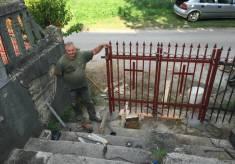 Postavljena nova kapija na ulazu u samostan