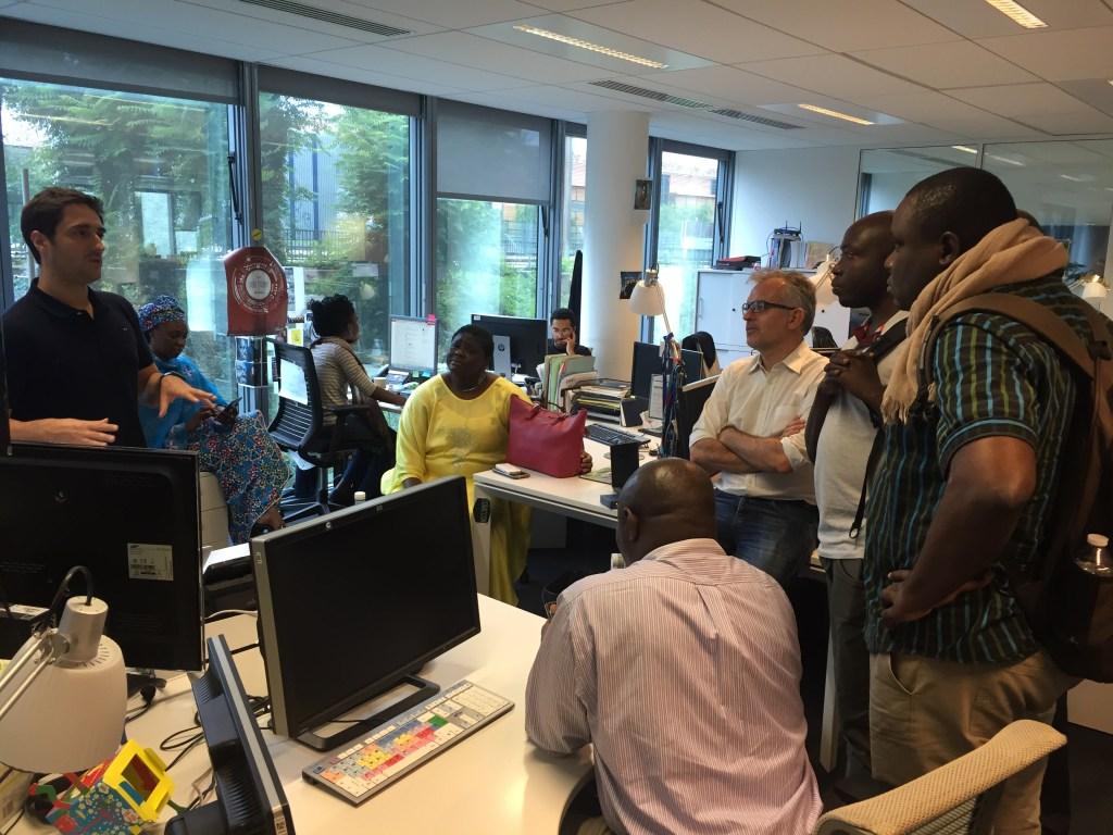 Une délégation composée de journalistes et d'informaticiens à la rencontre des professionnels français des médias qui ciblent une audience africaine. (Photo : Mansour Abderrahmane/Samsa.fr)