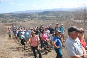 About 200 people attended the city of San Clemente's toll road hike on Sept. 23 on the trails near Camino Del Rio and Avenida La Pata. The hike was intended to show people where potential toll roads could be built. Photo: Eric Heinz