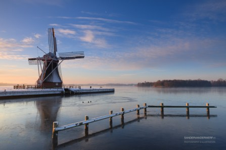 Molen de Helper in de winter,