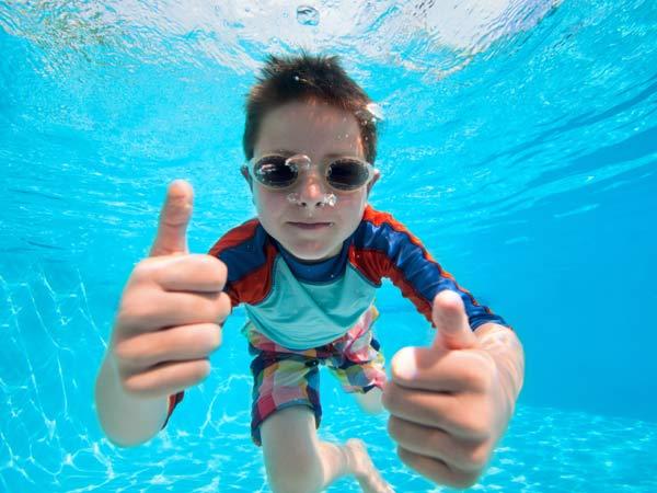 istock-child-swimming