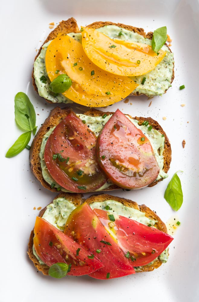 Open-Faced-Heirloom-Sandwiches-with-Garlic-Herb-Aioli-4