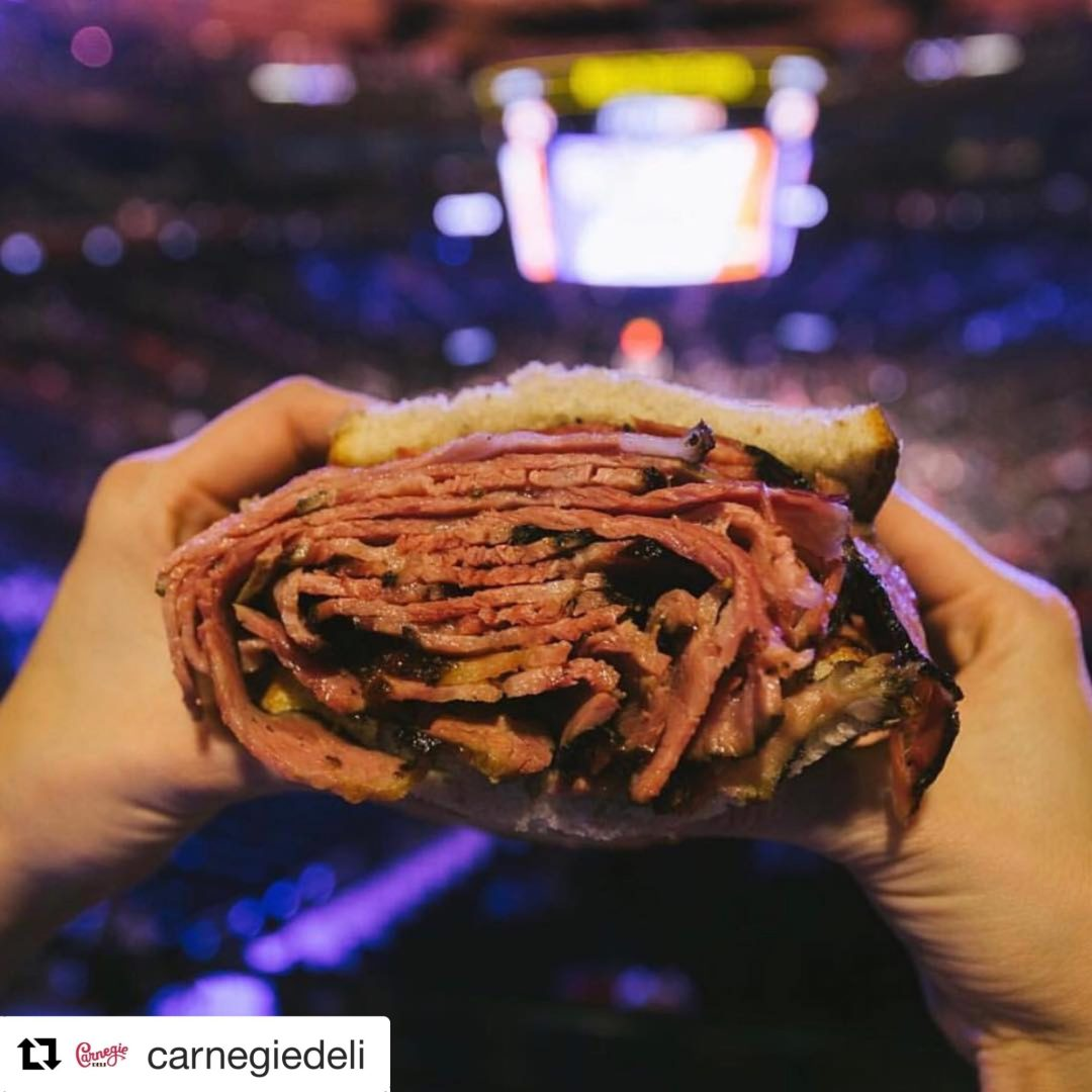 Sandwich Madness: Carnegie Deli