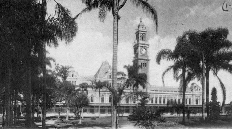 Estação-da-Luz-vista-a-partir-do-Parque-da-Luz-em-fotografia-de-1906.-Crédito-Guilherme-Gaensly
