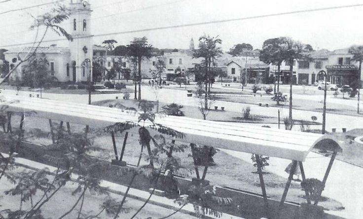 Registro da Praça Sílvio Romero na década de 40