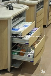 pharmacy-counter_004