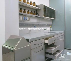farmacia_laboratorio_04