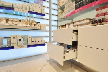pharmacy-furniture_002