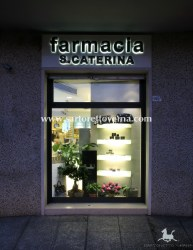 pharmacy-windows_005
