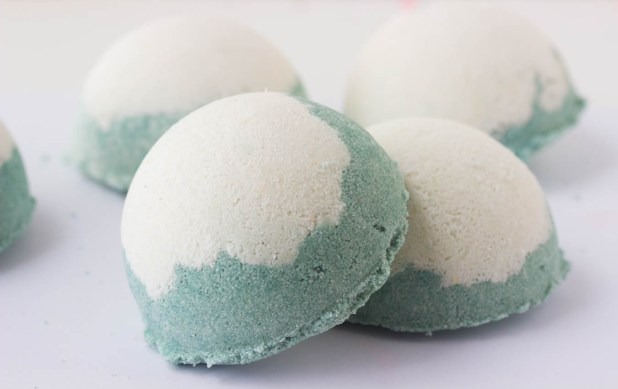 Minty Bath Truffles (Pure Essential Oil Bath Bombs)