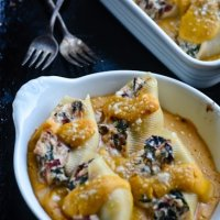 Ricotta stuffed shells with butternut squash sauce