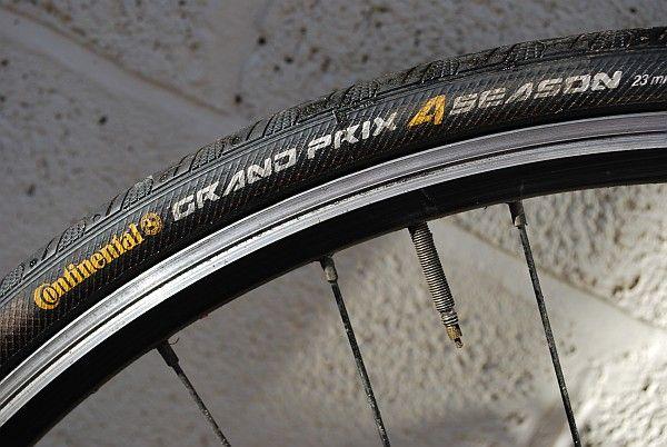 continental grand prix 4 seasons tyre