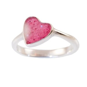 ashes-in-jewellery-crystalLure-heart-ring-pink